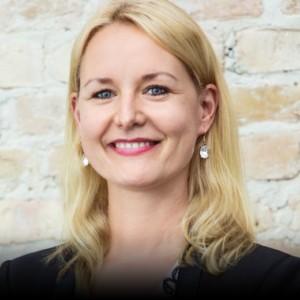 Dr. Carolin Gabor Managing Partner FinLeap GmbH