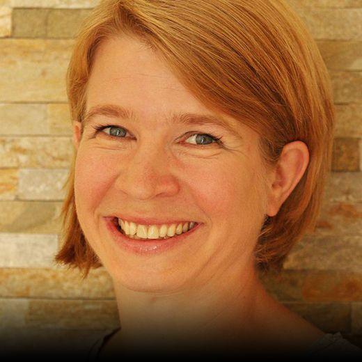 Ina-Maria Schauer, Besucherin & Gründerin