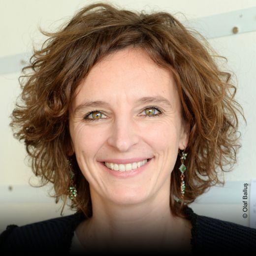 Dr. Katarzyna Mol-Wolf, Chefredakteurin, Verlegerin und Geschäftsführerin, emotion Verlag GmbH