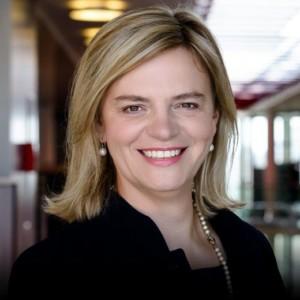 Angelika Huber-Straßer - Bereichsvorstand für das Segment Corporates, KPMG