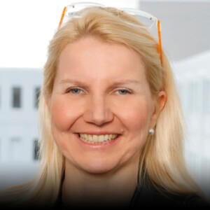 Hanna Hennig - Chief Information Officer, Siemens AG - herCAREER