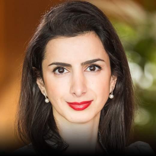 "Anahita Thoms - Partnerin Baker McKenzie, Young Global Leader World Economic Forum, Vorständin Atlantik-Brücke, Capital 40 unter 40 ""Managerin"""