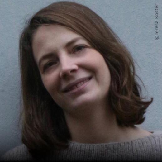 """Lisa Jaspers Gründerin von Folkdays, einem Label für Fair-Trade-Mode und -Accessoires. Arbeitete als Beraterin u.a. für Oxfam. Autorin von """"Starting a Revolution"""""""