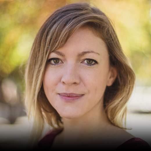 "Naomi Ryland - Gründerin tbd*, Autorin ""Starting a Revolution"""