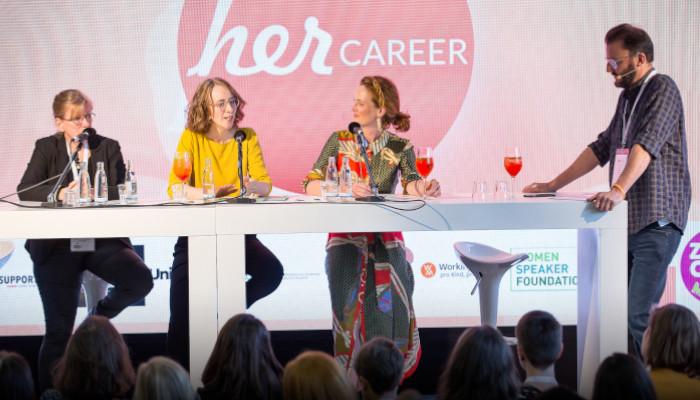 """Podcast - Diskussionsrunde zum Thema """"Frauen kümmern sich, Männer machen Karriere - über Rahmenbedingungen für Engagement"""""""