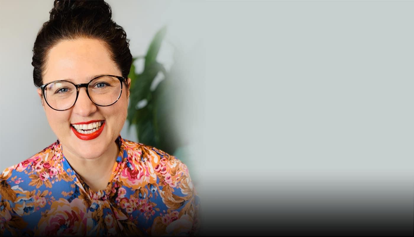 Julia Dentler, Female Financial Empowerment